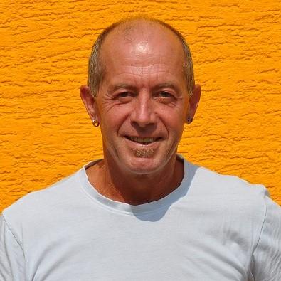 Manfred Jung Q